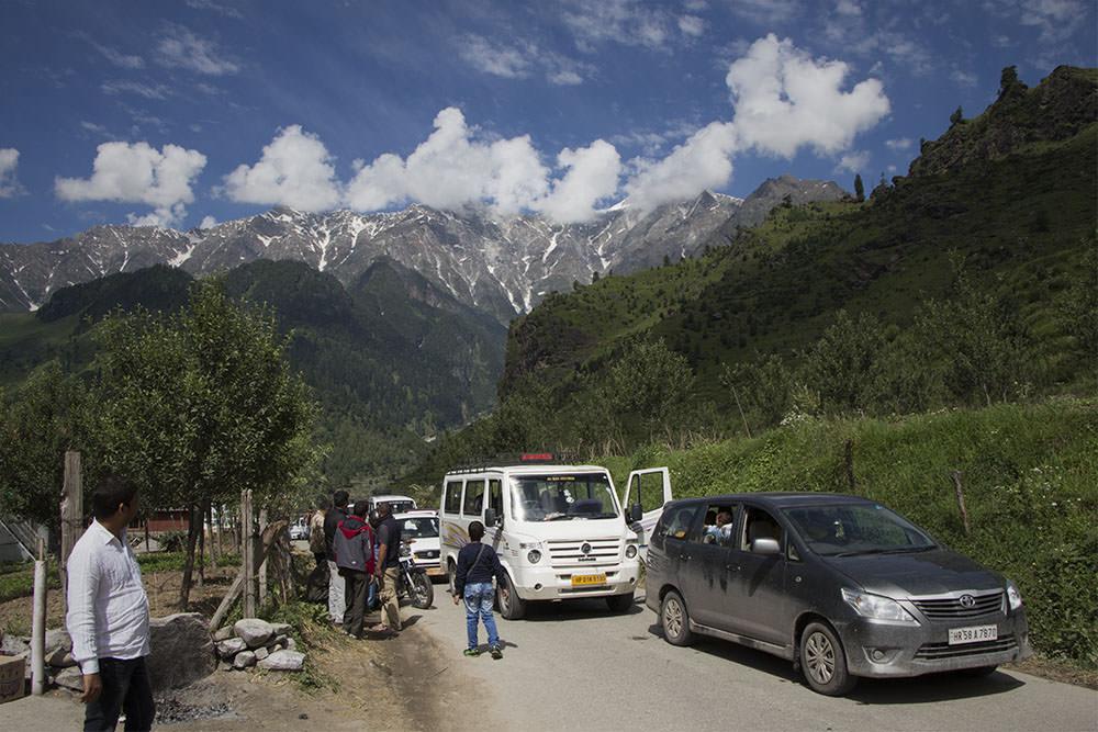 Erster-Stau-Manali-Leh-Highway
