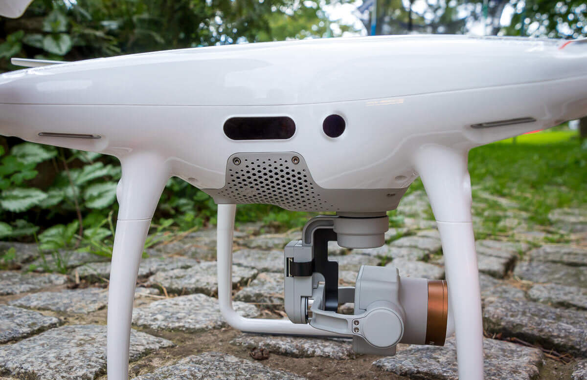 Sensoren zur Hinderniserkennung an der DJI Phantom 4 Pro