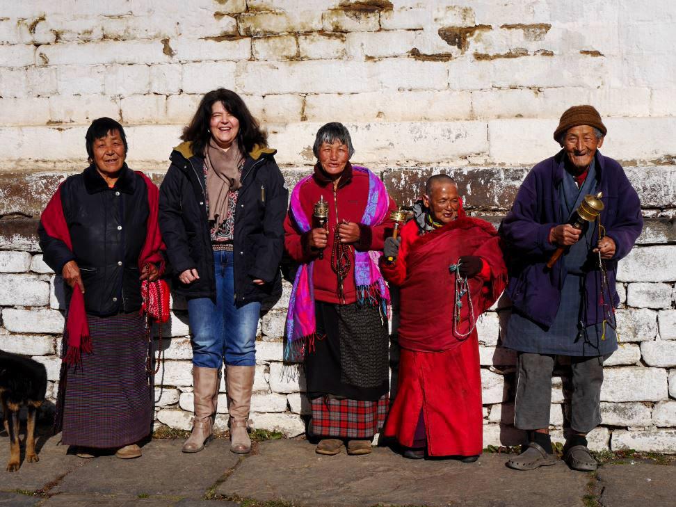 Bernita mit buddhistischen Mönchen