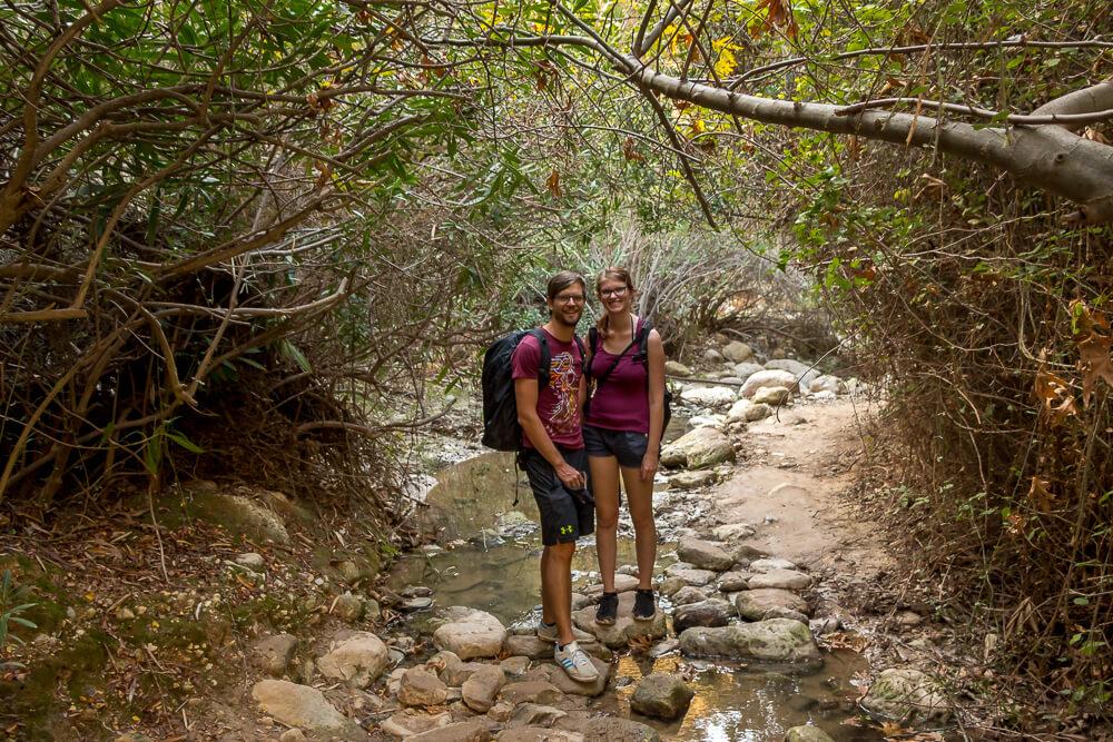 Bina und Francis beim Mini-Canyon Avakas Gorge
