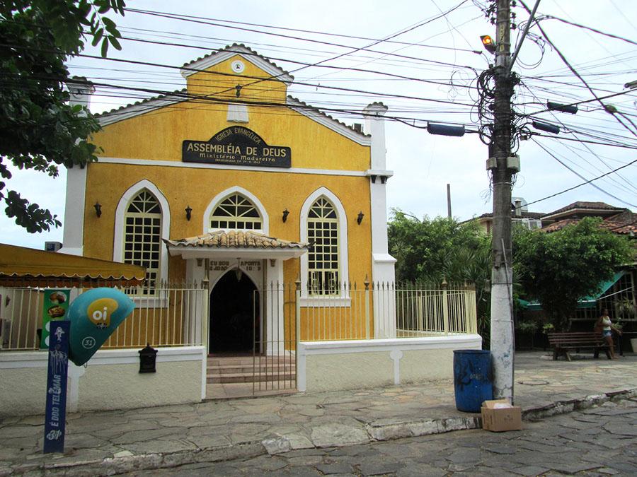 Gelbes Haus in Buzios
