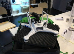 Unser Baby beim Drohnen-Doktor