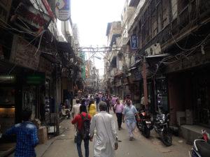 In Old Delhi gibt es viele dunkle, enge Gassen