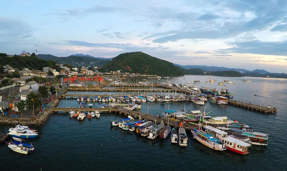 Hafen-Labuan-Bajo-Flores