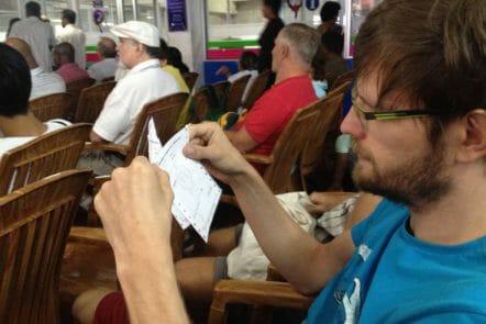 Warten auf die Visumsverlängerung in Sri Lanka
