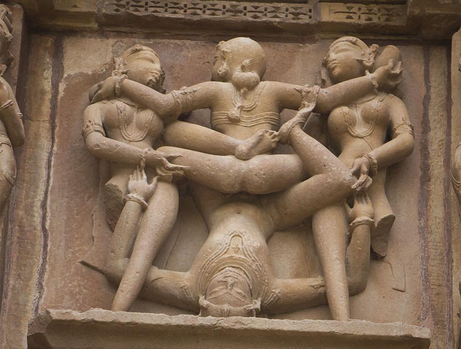 Kamasutra-Tempel-Khajuraho-Multitasking-Haende