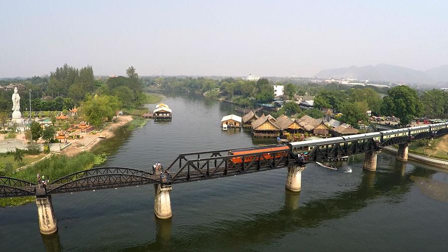 Kanchanaburi-Bruecke-am-Kwai-Thailand