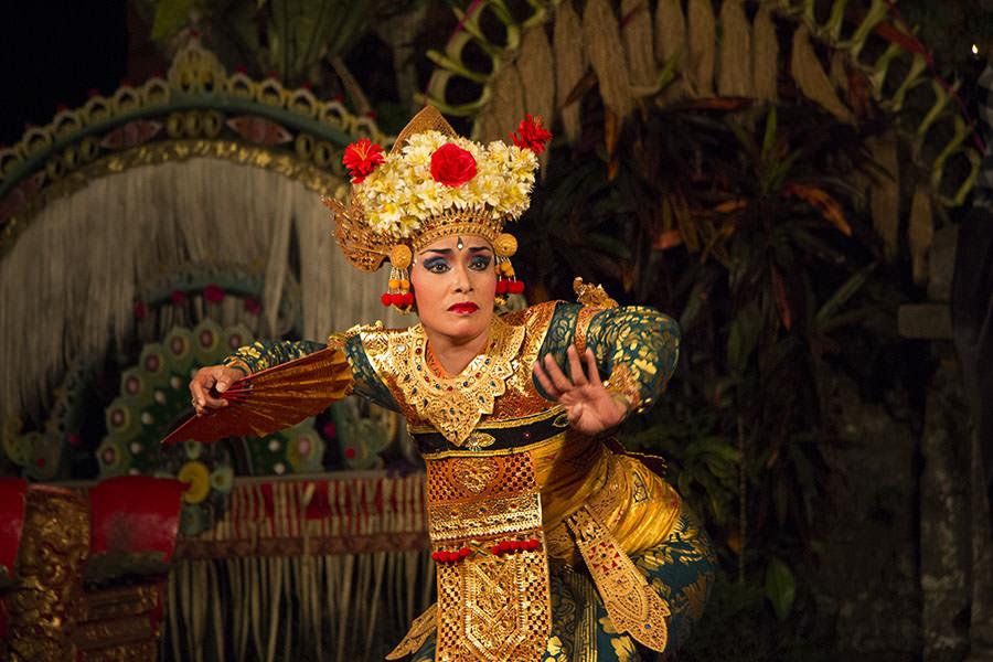 Legong-Aufführung im Palast von Ubud