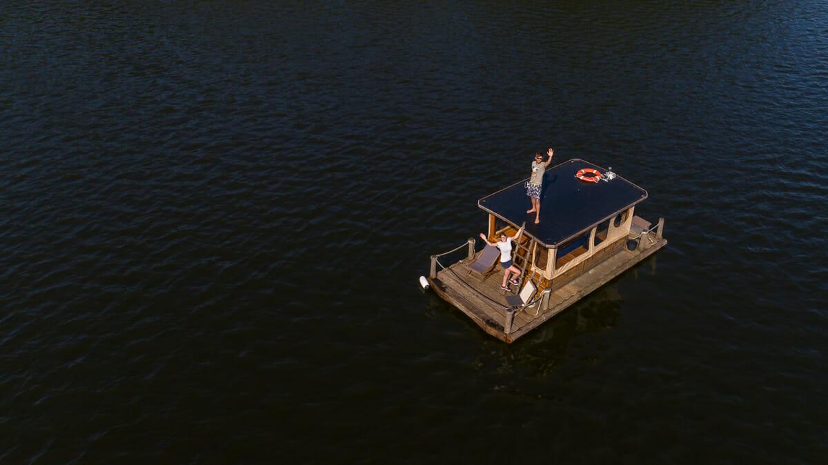 Luftaufnahme von unserem Kajütfloss über dem Kleinen Pälitzsee