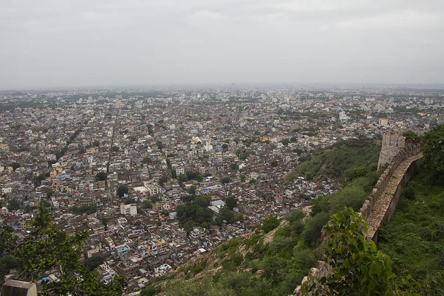 Blick über Jaipur vom Nahagarh Fort