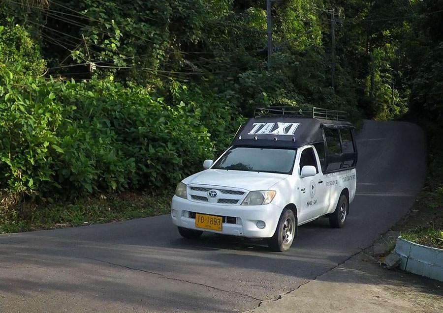 Ein Sammeltaxi auf Koh Chang