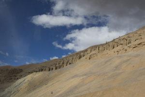 Sandberge-und-blauer-Himmel-Ladakh