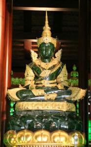 Smaragd-Buddha-Phra-Kaew-Morakot-Chiang-Rai