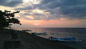 Sonenuntergang-Lovina-Beach-Bali