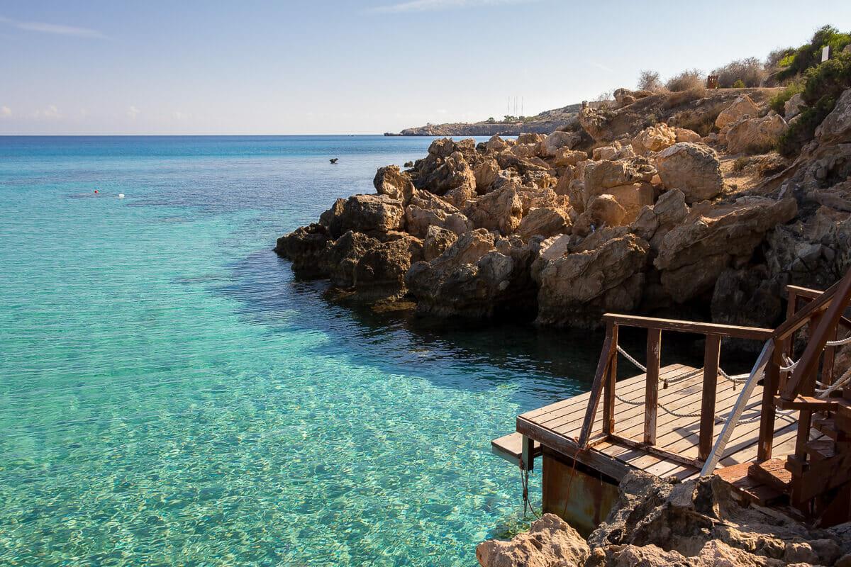 Steg am Konnos-Beach - schöner Strand in Zypern