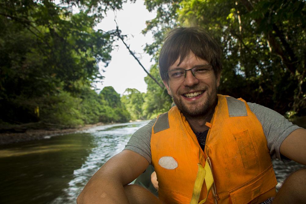Francis während der Bootsfahrt zum Wind- und Clearwater-Cave