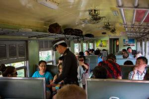 Zug-Anreise-Bangkok-Ayutthaya