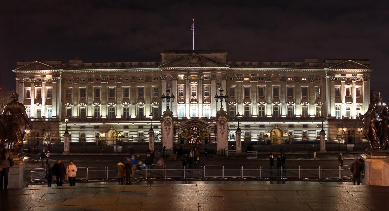 Der Buckingham Palace in London - von hier kannst du bis zum London Eye schauen