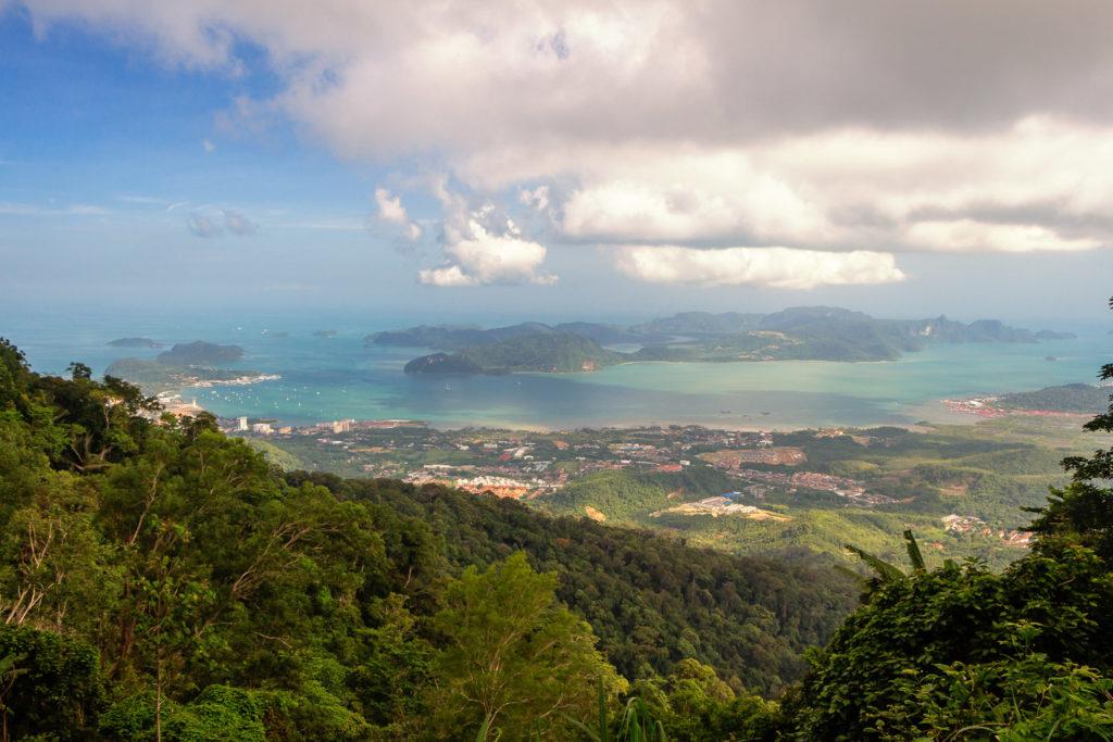 Aussicht über Langkawi vom höchsten Berg Gunung Raya