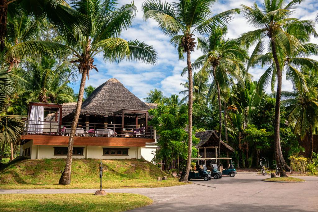 Hotel Constance Lemuria Praslin Seychellen mit Golfplatz und Zugang zur Anse Georgette und Anse Kerlan