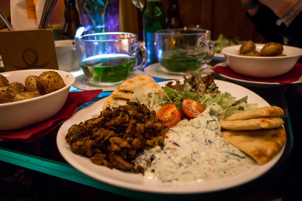 Vegetarisches Gyros im Restaurant Lehka Hlava
