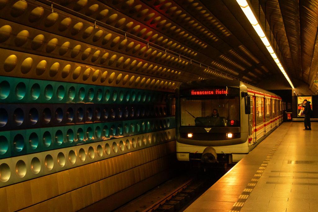 Prager Nahverkehr: die U-Bahn