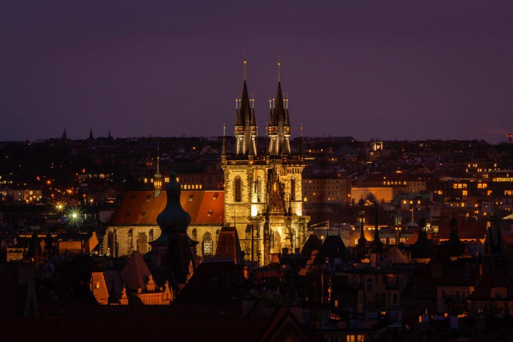 Die Teynkirche am Altstädter Ring in Prag